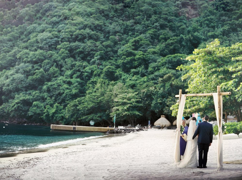 080Delmary's & Daniel : ELOPEMENT : ST. LUCIA : CARIBBEAN : PHOTO & VIDEO : DESTINATION : OUTLIVE CREATIVE : 2016 .jpg