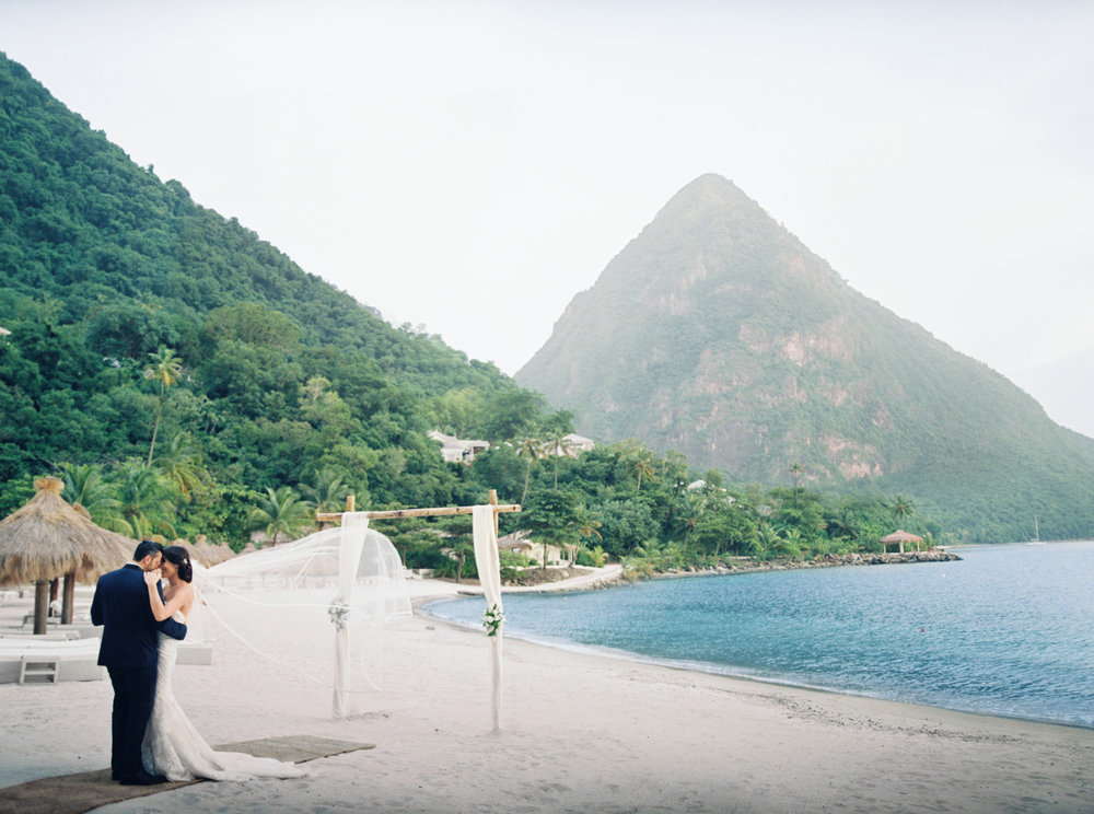 088Delmary's & Daniel : ELOPEMENT : ST. LUCIA : CARIBBEAN : PHOTO & VIDEO : DESTINATION : OUTLIVE CREATIVE : 2016 .jpg