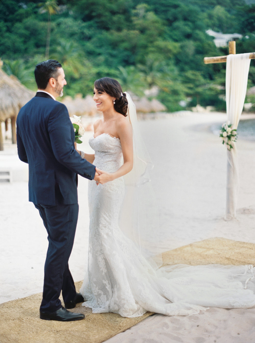 091Delmary's & Daniel : ELOPEMENT : ST. LUCIA : CARIBBEAN : PHOTO & VIDEO : DESTINATION : OUTLIVE CREATIVE : 2016 .jpg