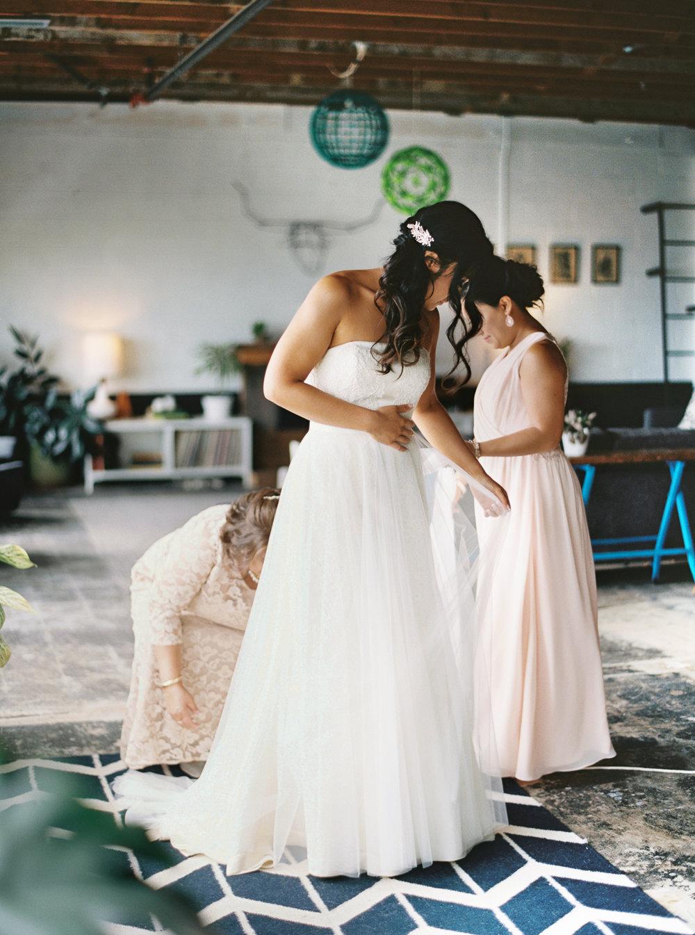 012Union_Pine_Portland_Oregon_Wedding_Photography.jpg