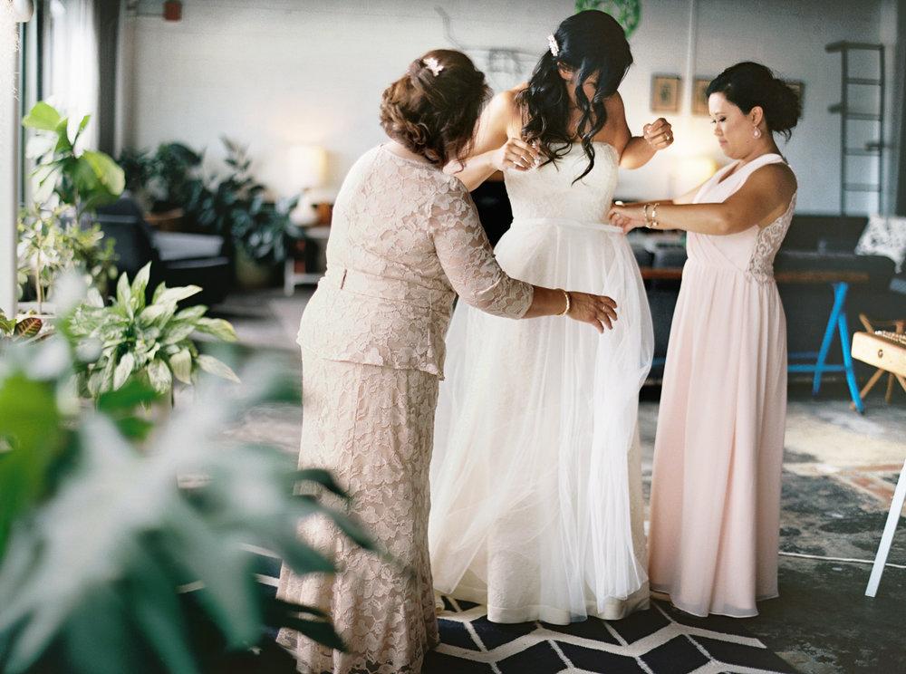 013Union_Pine_Portland_Oregon_Wedding_Photography.jpg