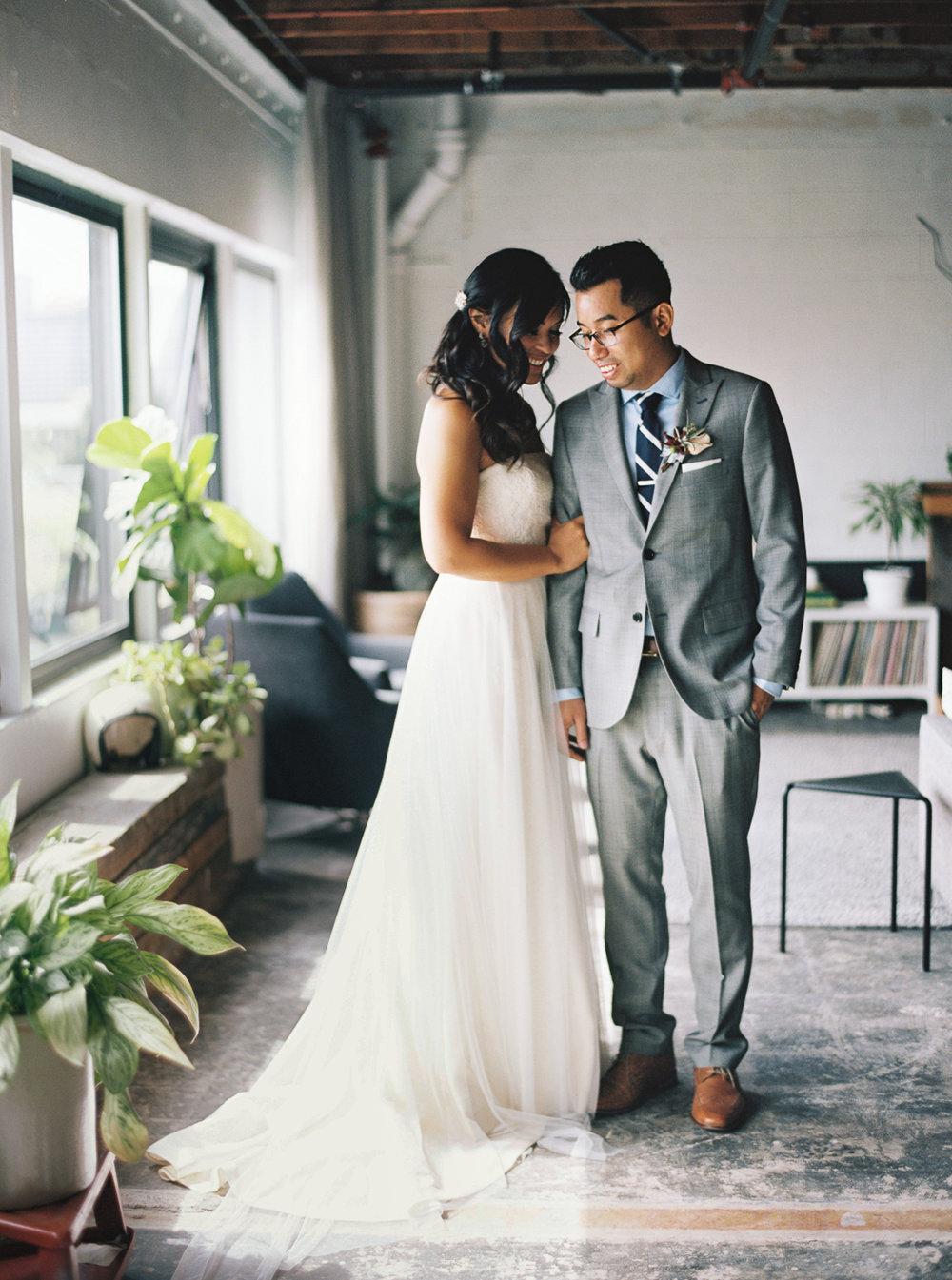 017Union_Pine_Portland_Oregon_Wedding_Photography.jpg