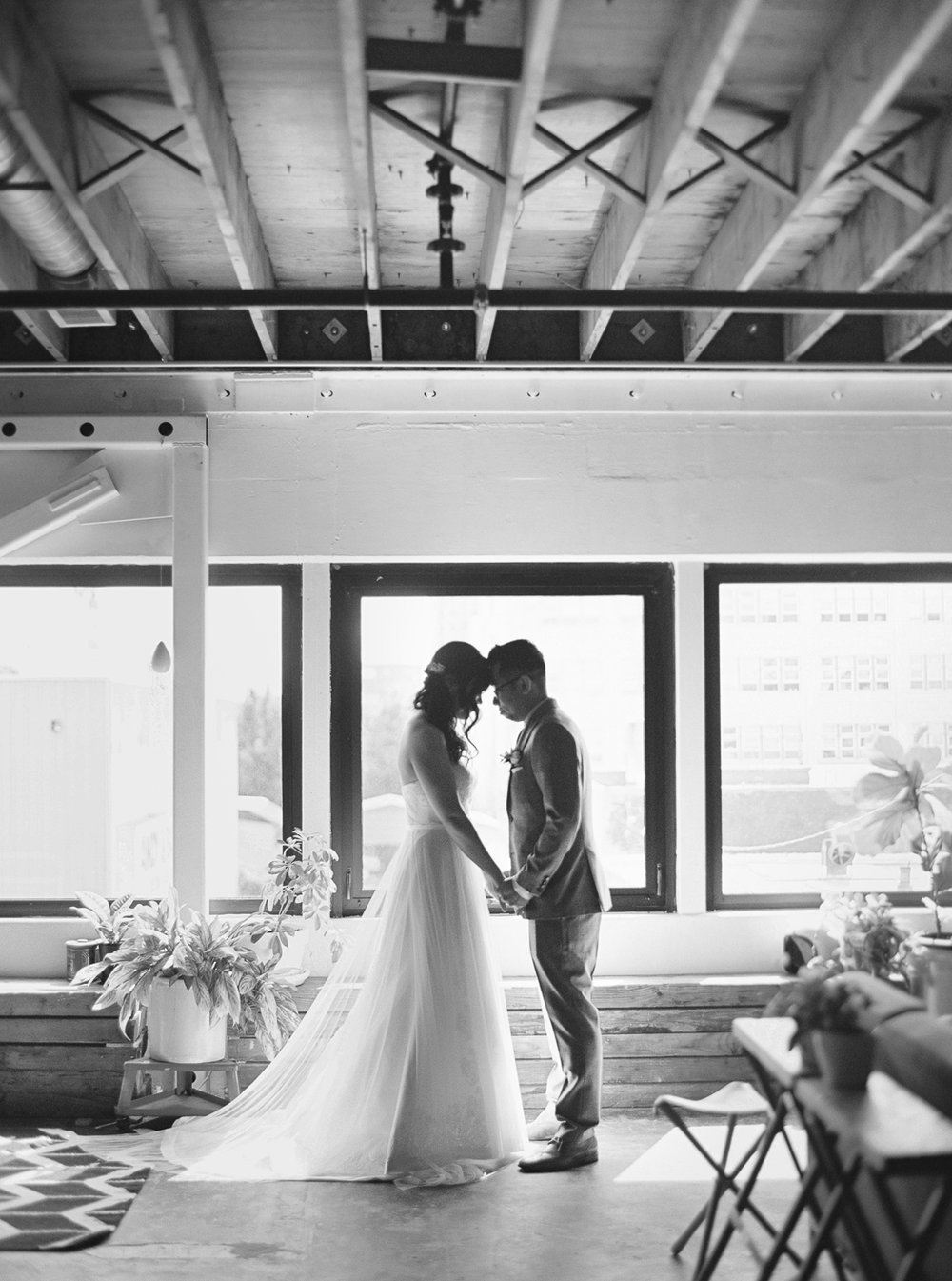 020Union_Pine_Portland_Oregon_Wedding_Photography.jpg
