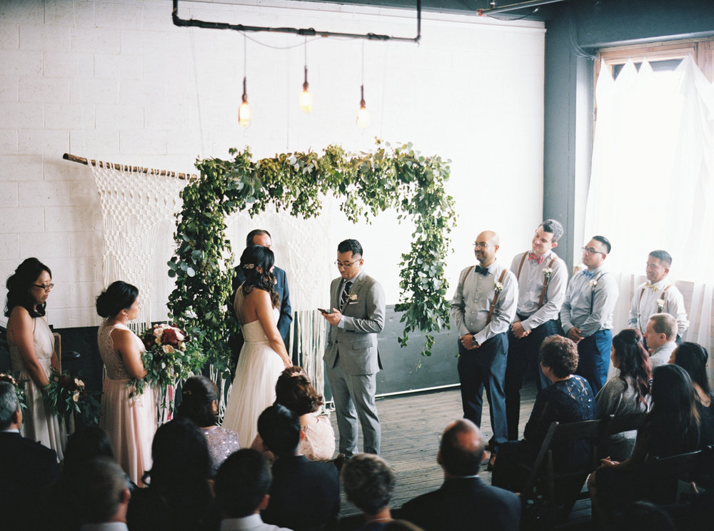 042Union_Pine_Portland_Oregon_Wedding_Photography.jpg