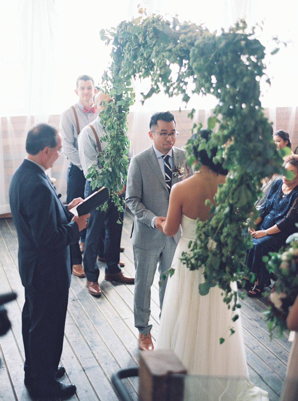 046Union_Pine_Portland_Oregon_Wedding_Photography.jpg
