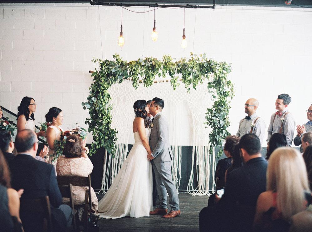 048Union_Pine_Portland_Oregon_Wedding_Photography.jpg