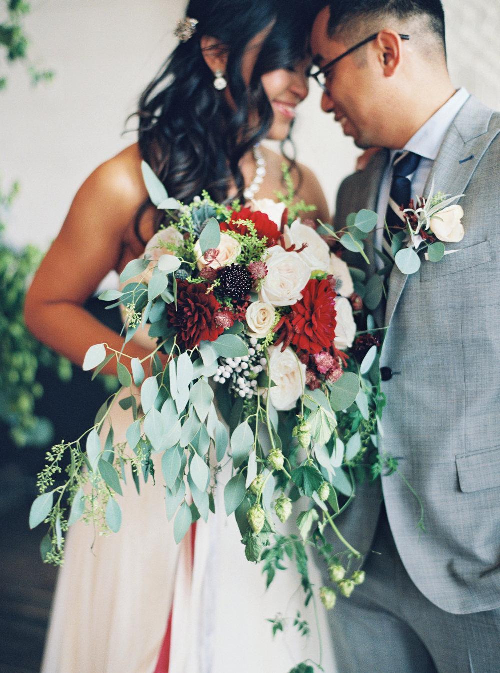 056Union_Pine_Portland_Oregon_Wedding_Photography.jpg