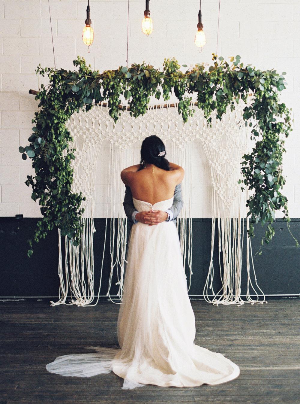 058Union_Pine_Portland_Oregon_Wedding_Photography.jpg