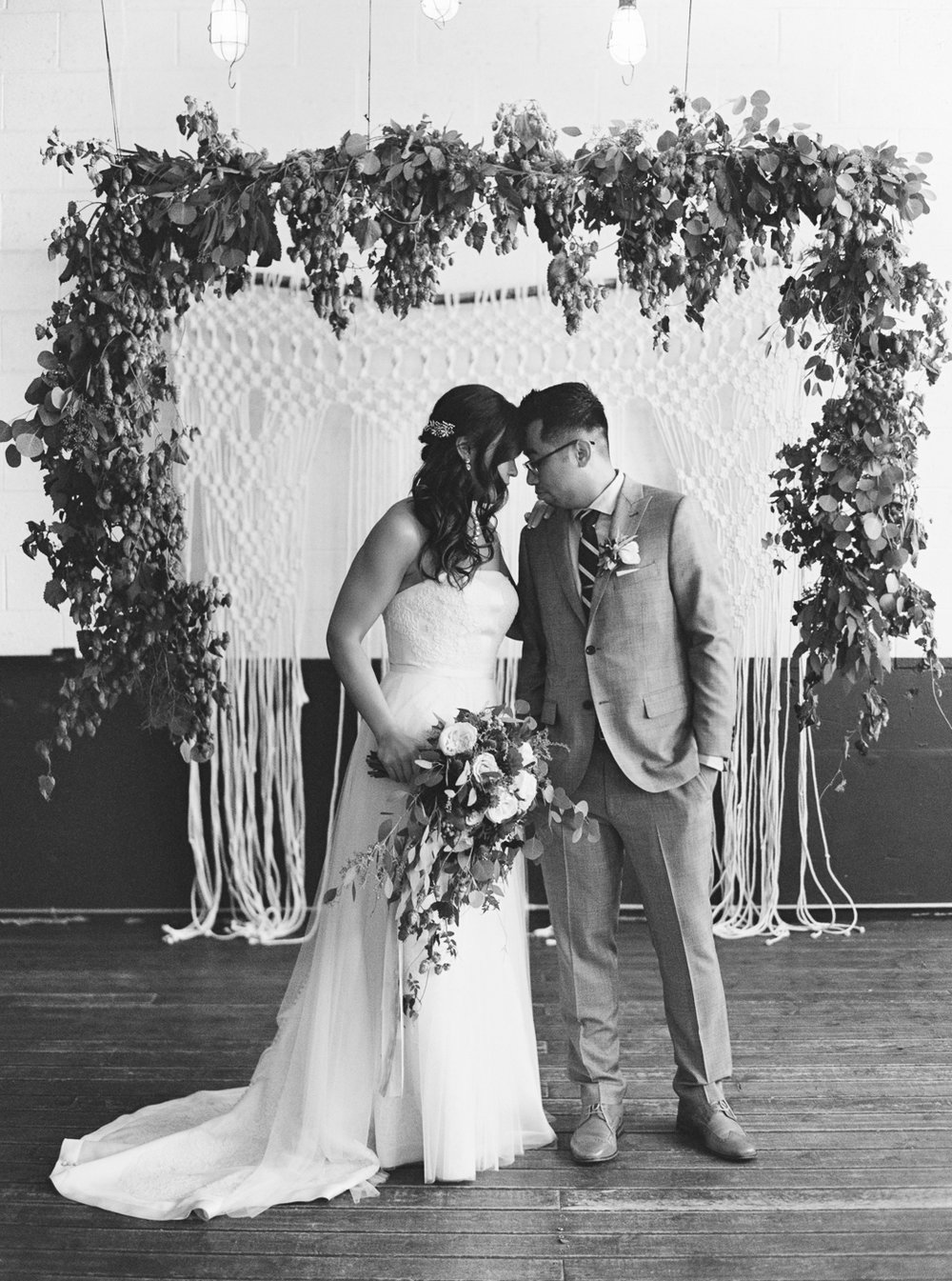 060Union_Pine_Portland_Oregon_Wedding_Photography.jpg