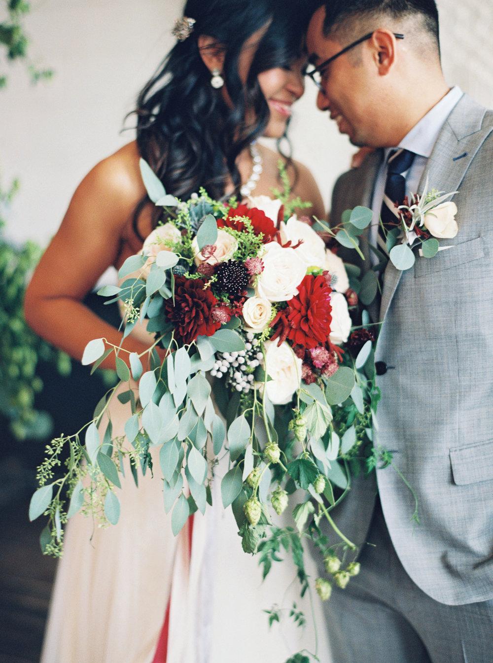 061Union_Pine_Portland_Oregon_Wedding_Photography.jpg