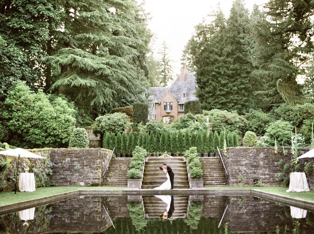 BLACK -TIE DESTINATION WEDDING • LEWIS & CLARK • PORTLAND, OR
