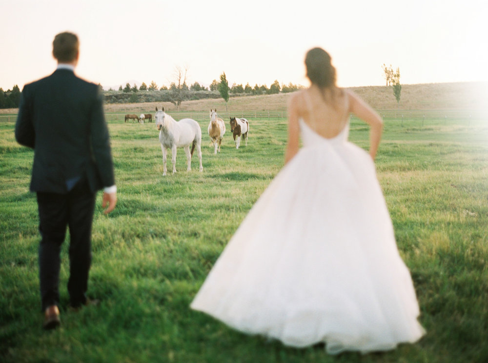 004brasada_ranch_destination_wedding_photography_wedding_videography.jpg