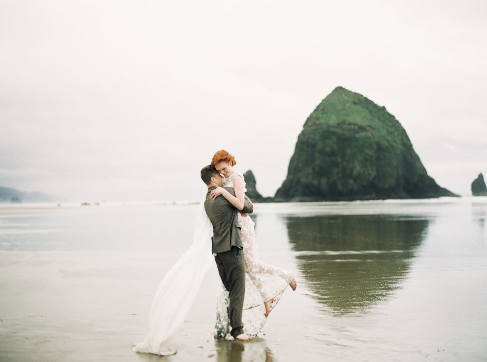 EDITORIAL • PRODUCED BY UTTERLY ENGAGED • CANNON BEACH, OR