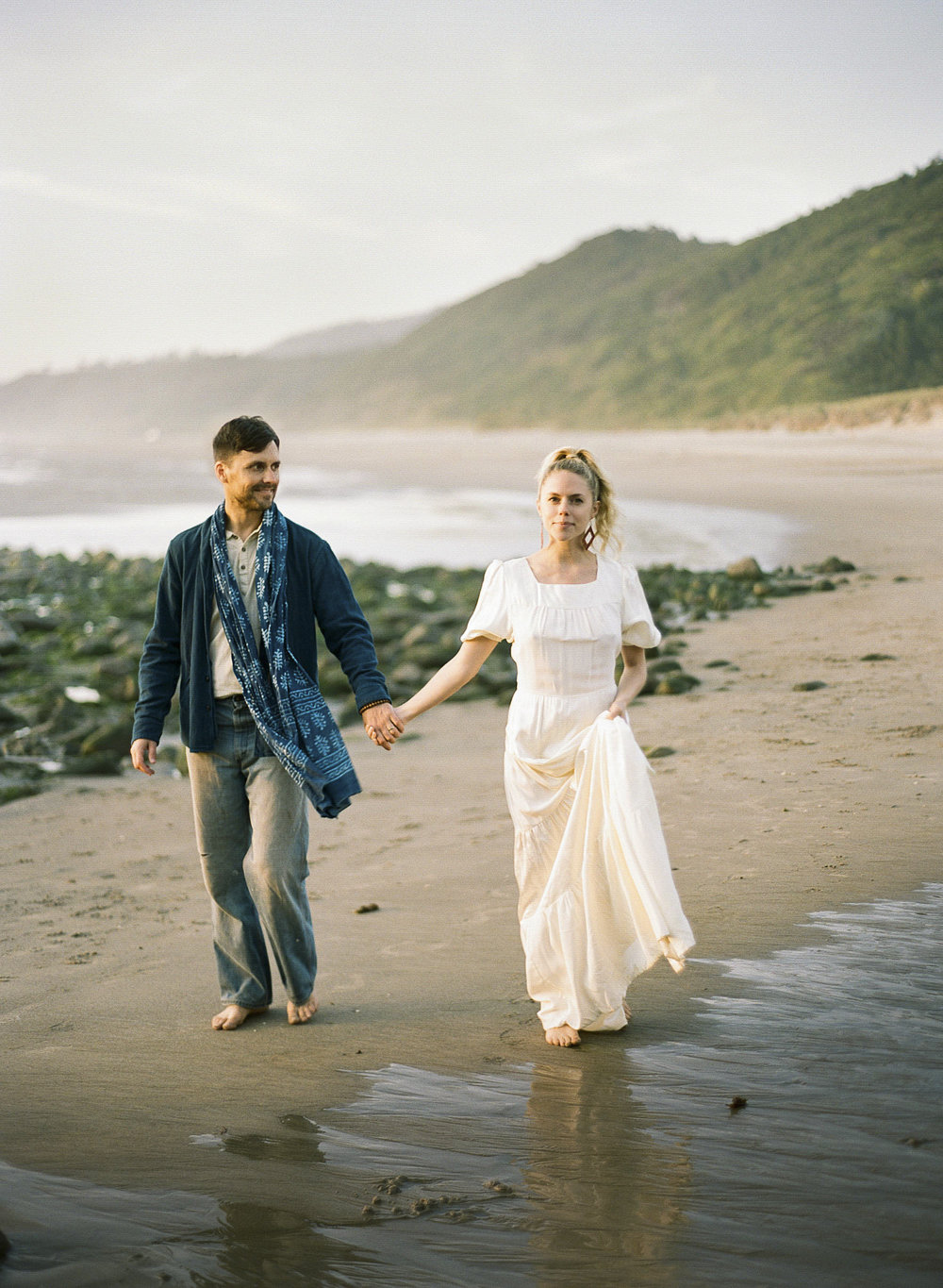 SUN KISSED OREGON ENGAGEMENT SHOOT ° CAPE KIWANDA ° LINCOLN CITY, OR