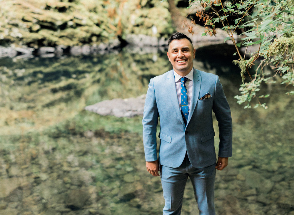 abiqua_falls_elopement_wedding_oregon_photographer_videographer_020.jpg