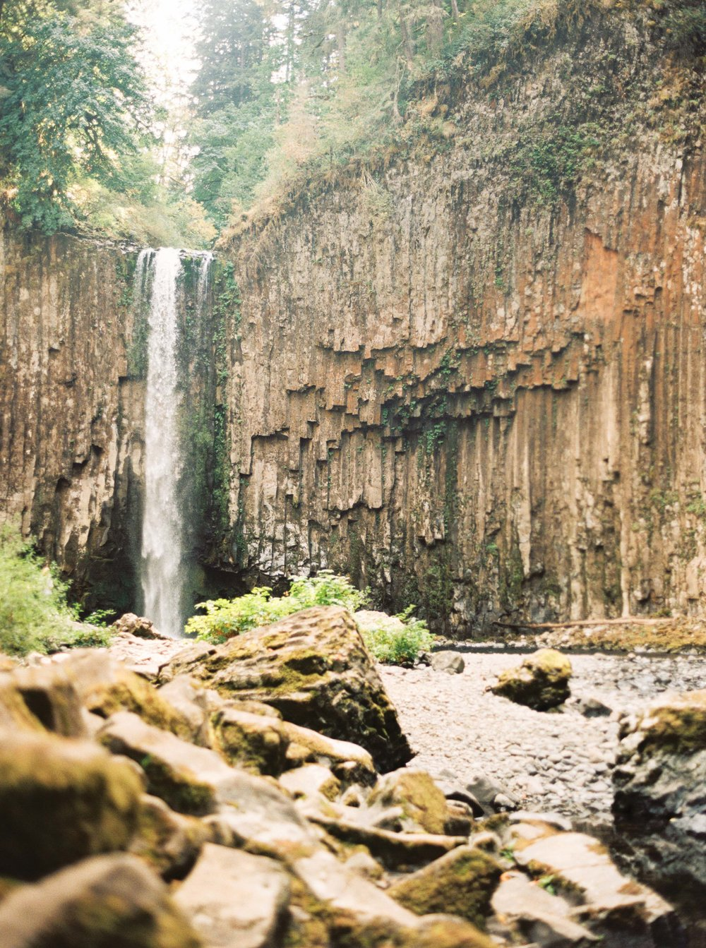 abiqua_falls_elopement_wedding_oregon_photographer_videographer_043.jpg