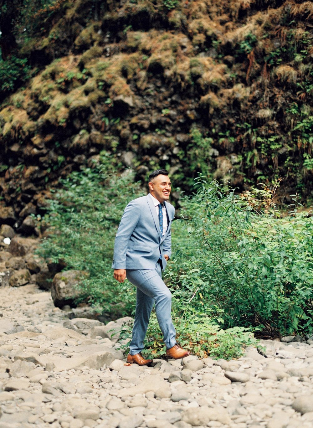 abiqua_falls_elopement_wedding_oregon_photographer_videographer_050.jpg