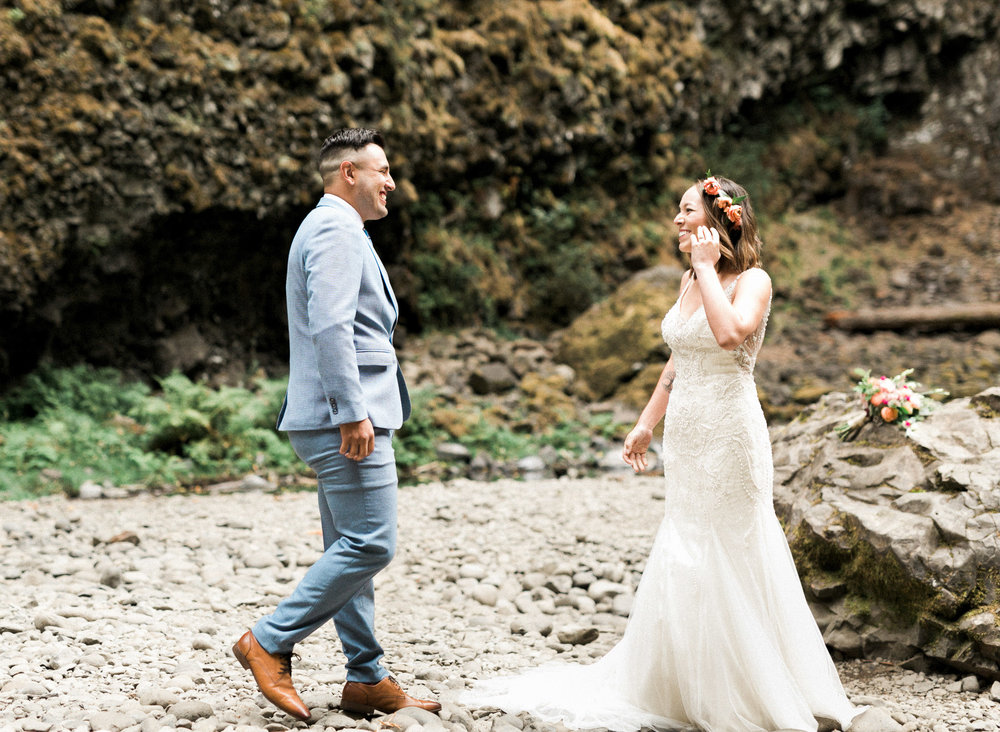 abiqua_falls_elopement_wedding_oregon_photographer_videographer_051.jpg