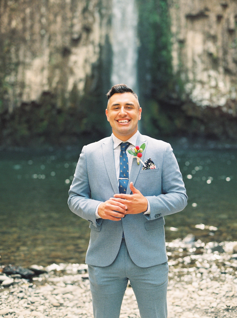 abiqua_falls_elopement_wedding_oregon_photographer_videographer_059.jpg