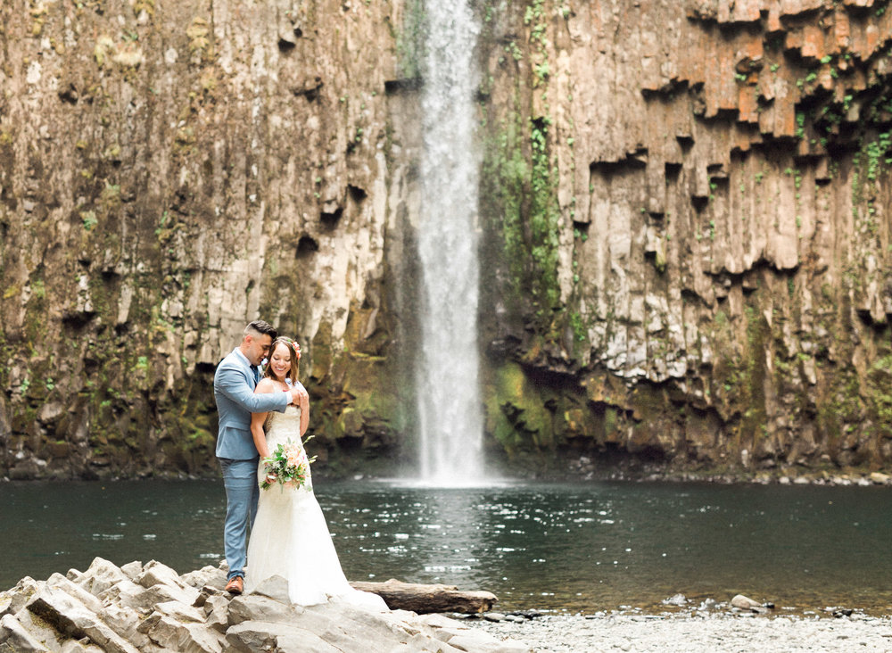 abiqua_falls_elopement_wedding_oregon_photographer_videographer_074.jpg