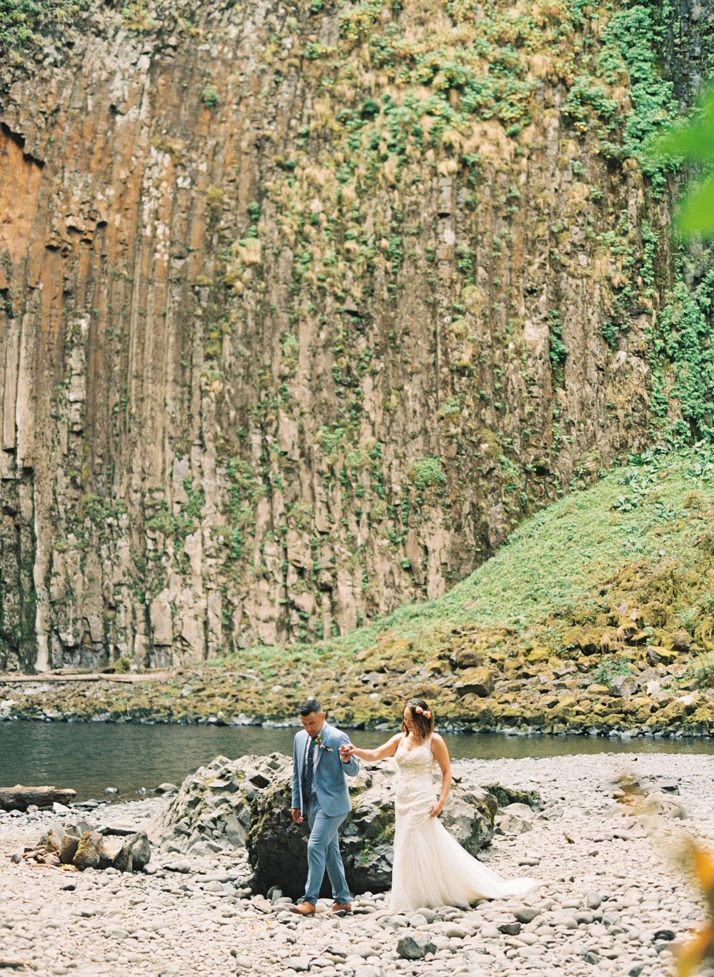 abiqua_falls_elopement_wedding_oregon_photographer_videographer_109.jpg