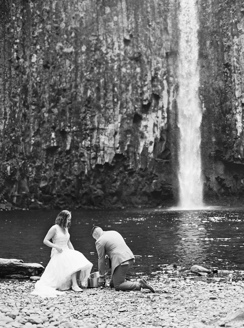 abiqua_falls_elopement_wedding_oregon_photographer_videographer_127.jpg