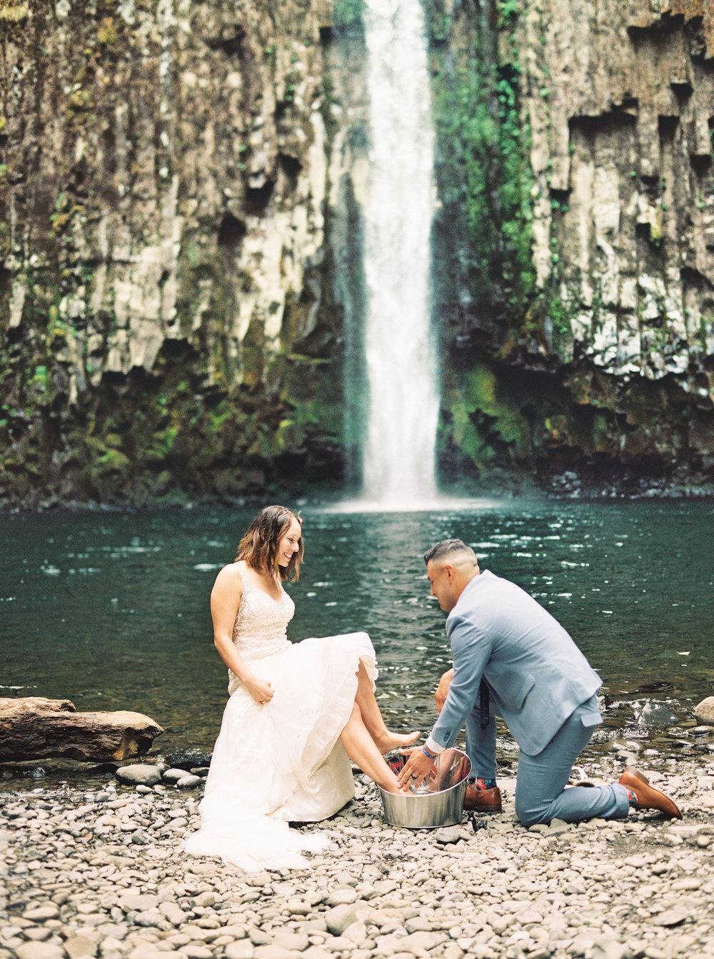 abiqua_falls_elopement_wedding_oregon_photographer_videographer_129.jpg
