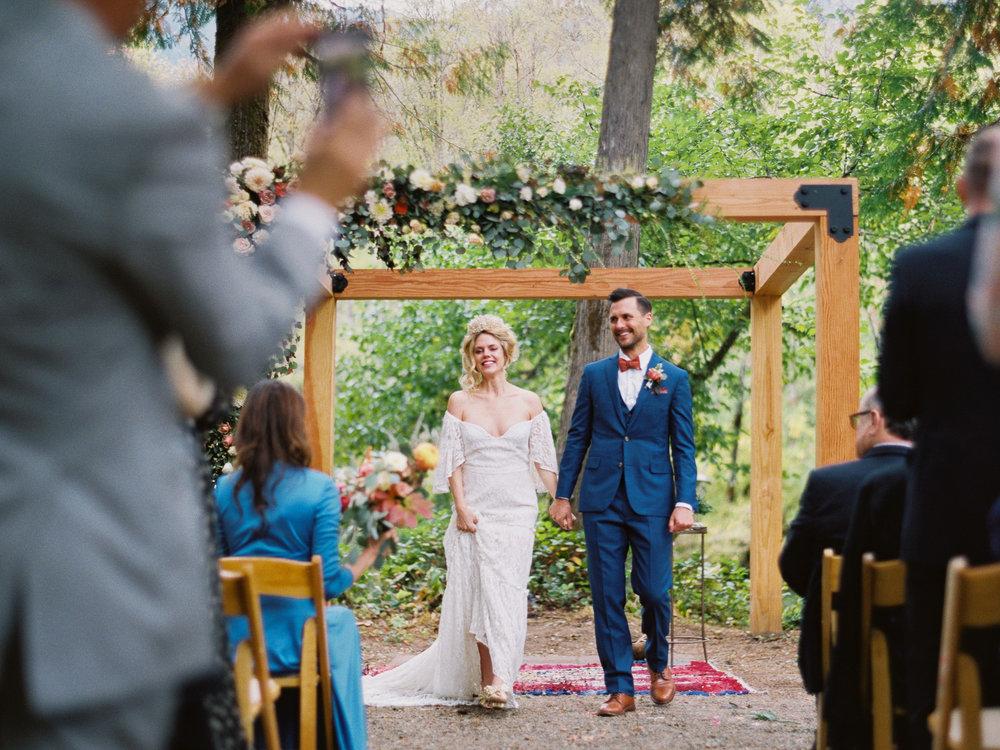 -©outlive_creative_loloma_lodge_destination_wedding_photographer_videographer_155.jpg