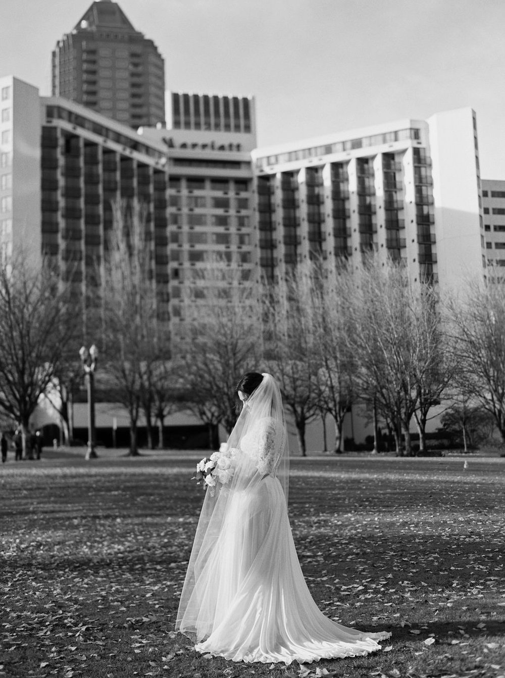 043portland,oregon,castaway,wedding,by_outlive_creative,photo,and,video.jpg