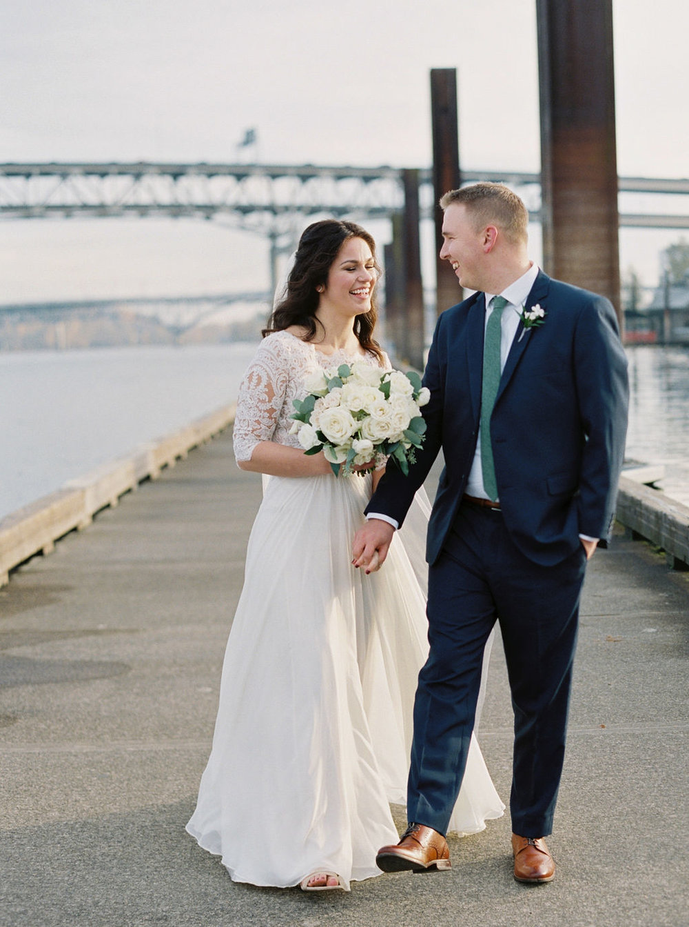 065portland,oregon,castaway,wedding,by_outlive_creative,photo,and,video.jpg