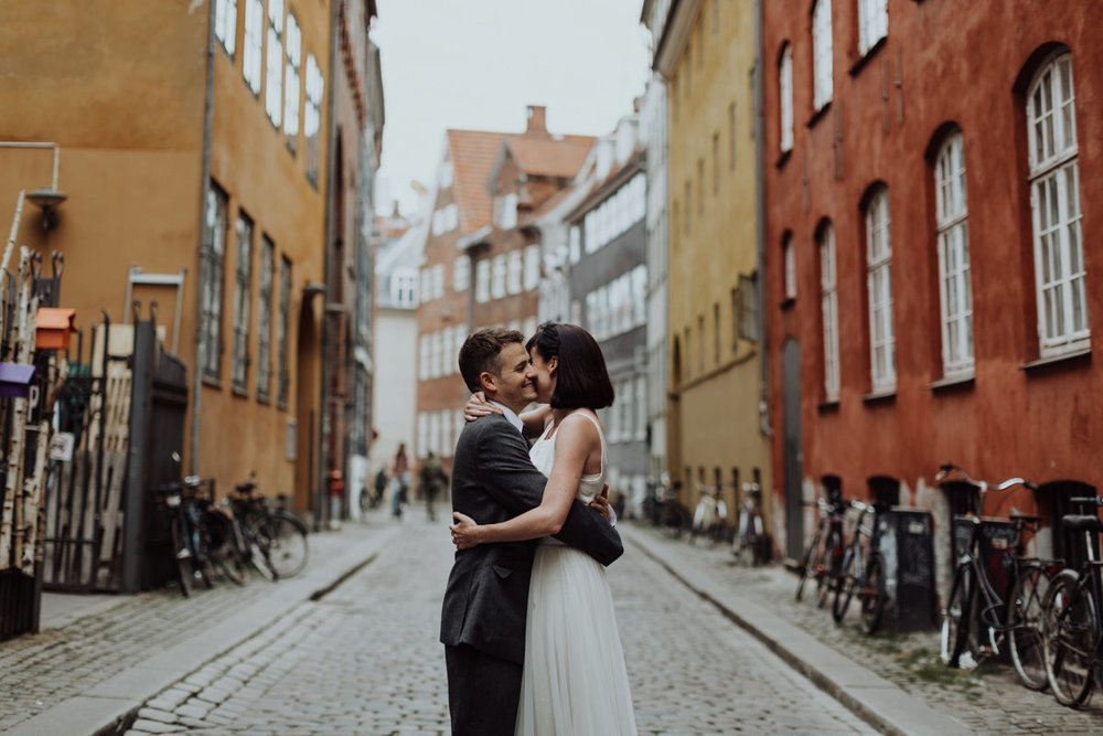 Louise & Fitan Elopenent Wedding Copenhagen City Hall 11