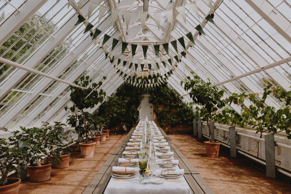 Wedding_Elopement_Photographer_Carolina_Segre_Photography_Copenhagen-077-Sara&Claus_VintageBryllup_Dekor(6of28)CA1_2902.jpg