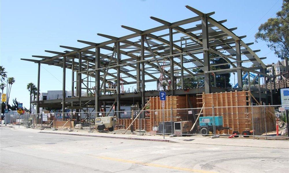 110428  construction photos Thom 009 (Large).jpg