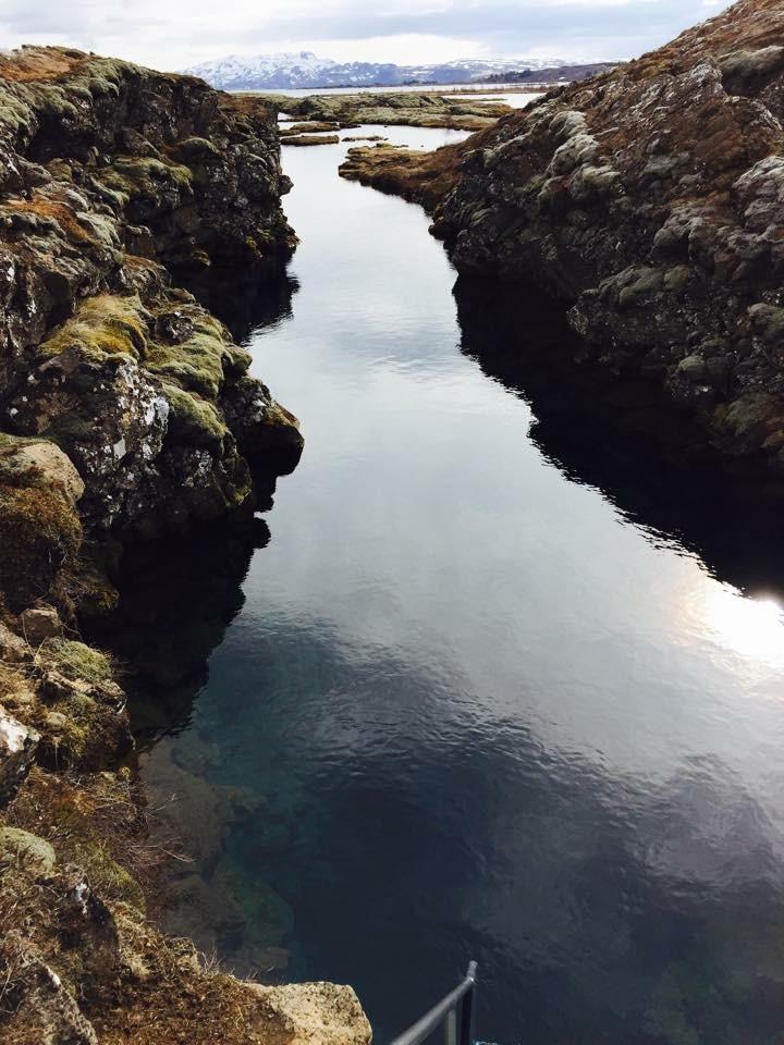 Swim between two tectonic plates