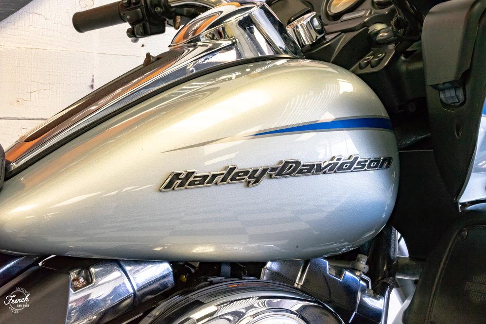 2011harleyroadglide-10.jpg
