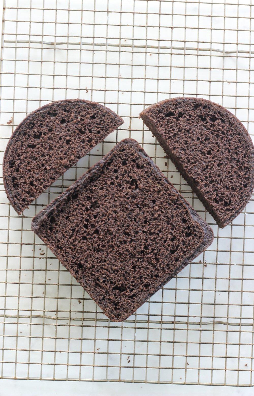 Heart Shaped Cake Tutorial