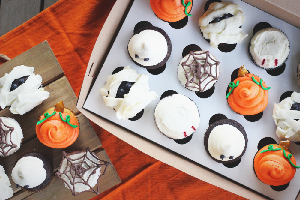 Halloween Themed Cupcakes Lolo S Desserts
