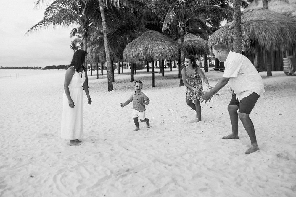 Families_beach_rivieramaya_photography_088.JPG