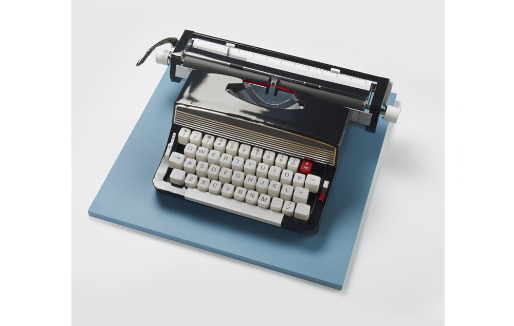 Typewriter (Black/Blue).Makiko Azakami Paper Sculptures of Everyday Objects