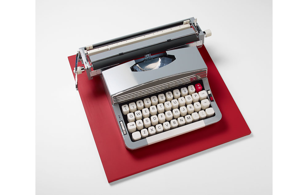 Typewriter (silver/red)