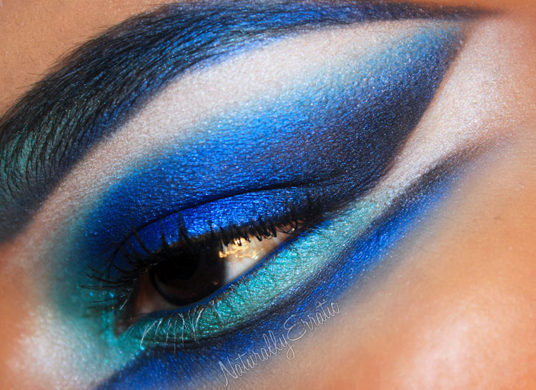 Winter Wonderland Blue Makeup