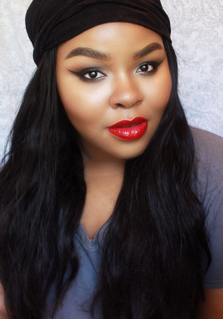 Grunge Makeup with Bright Red Lipstick