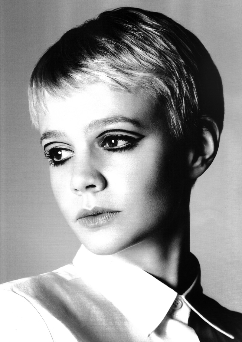 Carey Mulligan 60s Twiggy Makeup