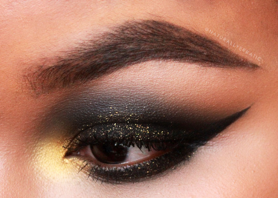 gold glitter, black smokey eye, black eye makeup, glitter makeup