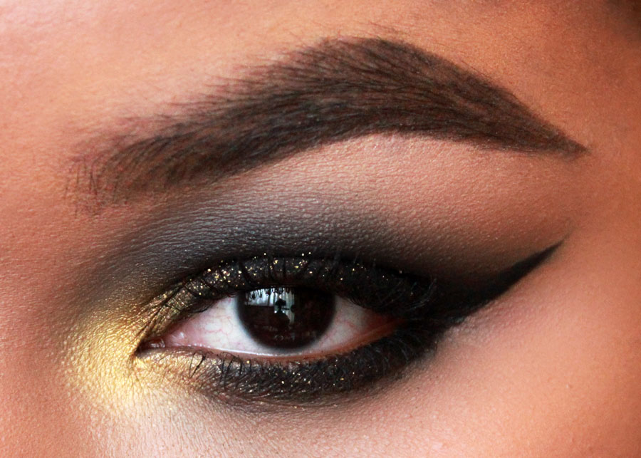full eyebrows, dipbrow ebony, black smokey eye, gold glitter, gold makeup, anastasia beverly hills ebony