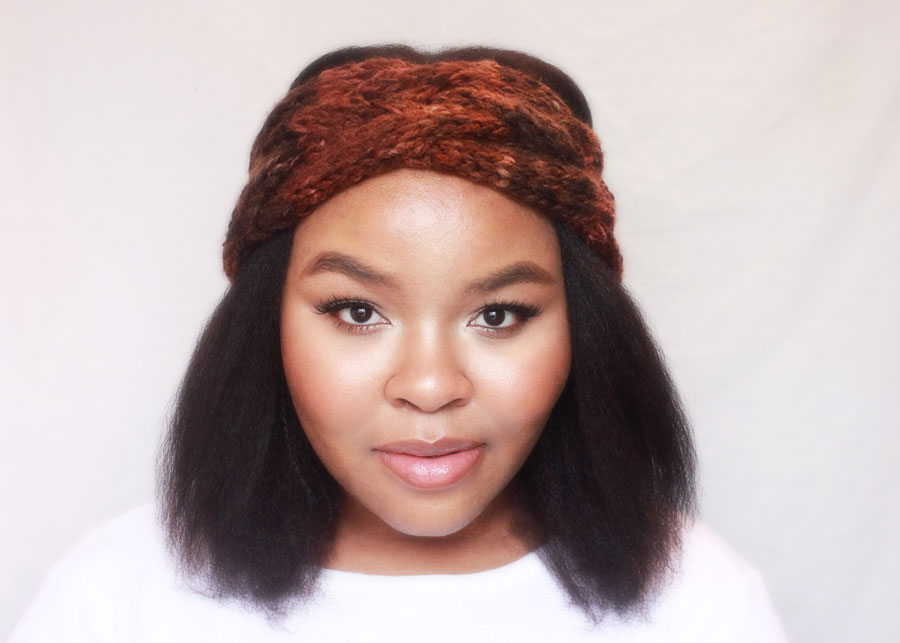 natural makeup for dark skinn, chunky knit headband, chunky earwarmer