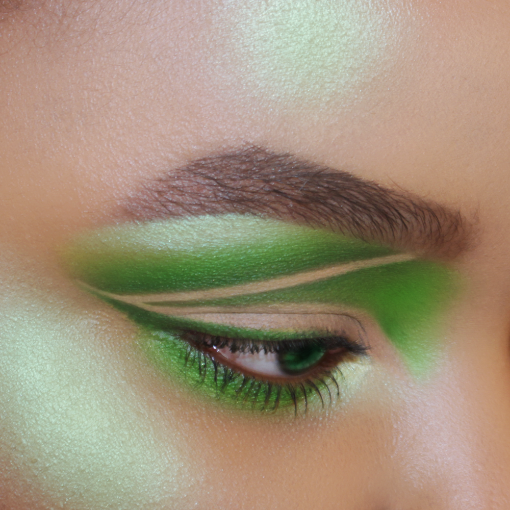 Dramatic Graphic Green Cut Crease Eye Makeup