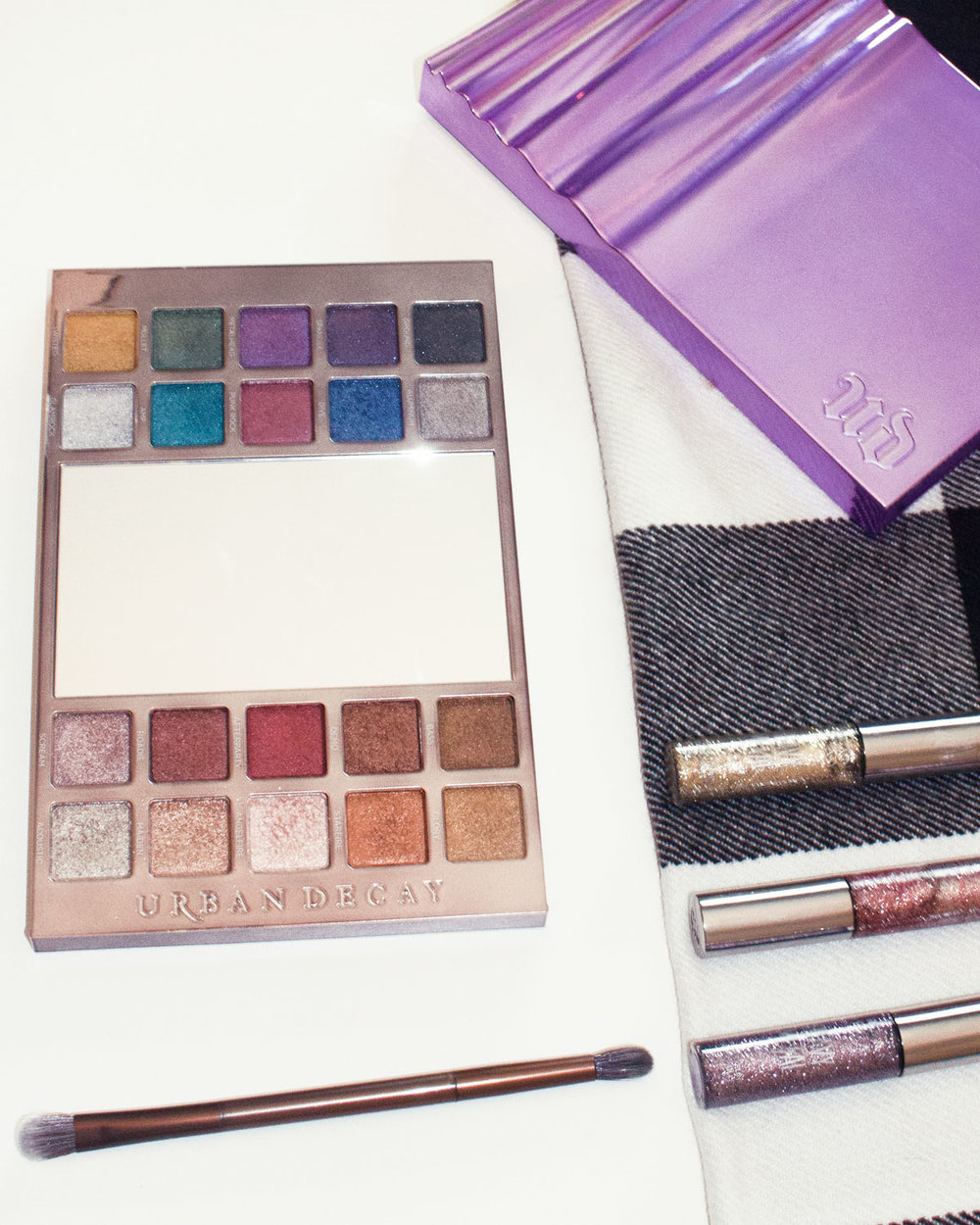 urban-decay-heavy-metal-palette-review-swatches.jpg