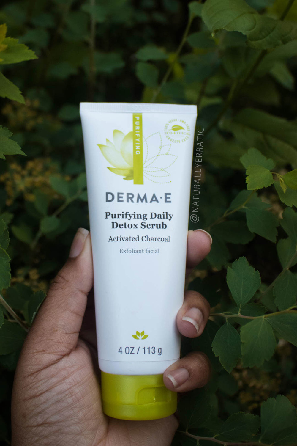derma e purifying daily detox scrub review