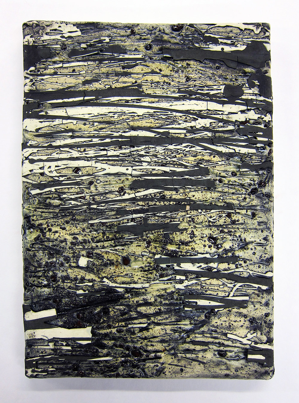 "<em>Small Traces Slab No.1</em> <span style=""color:#CC0000;font-size:1.5em;"">•</span>"